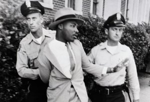 martin-luther-king-being-arrested